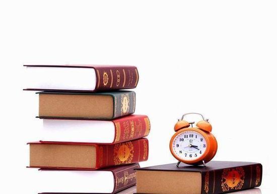 1、写好开头和结尾,给阅卷老师良好的第一印象