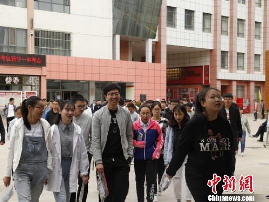 青海2018年高考共录取考生44725名