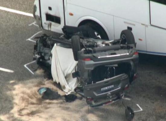 """澳洲""""夺命公路""""再现车祸 2名中国游客遇难"""
