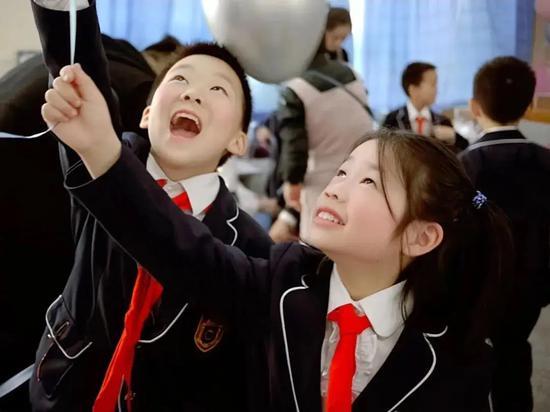 择校直通车:邂逅享誉上海民办教育的金苹果学校
