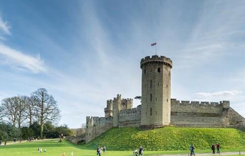 10. Warwick Castle (UK)