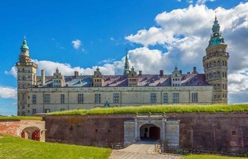 7. Kronborg Castle (Denmark)