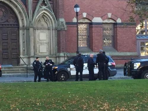 美国哈佛大学收到炸弹威胁人员被紧急疏散(图)