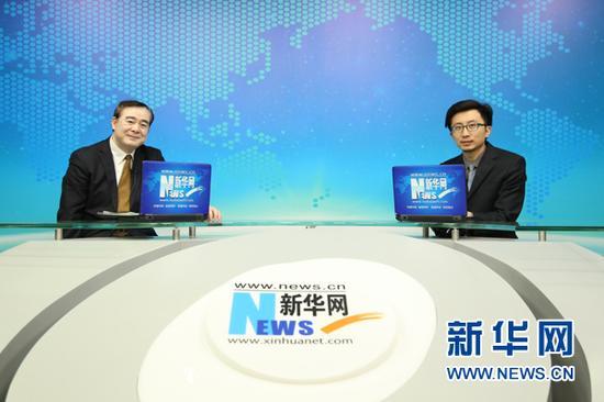 2月25日,中央音乐学院院长、著名指挥家俞峰做客新华网,就2016年艺考以及中国音乐教育及艺术人才培养分享自己的见解。新华网 张欣然 摄