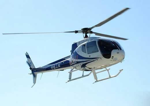 浙江一高校设直升机驾驶专业 学费每年近两万元