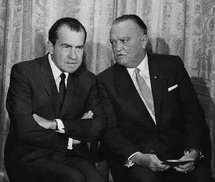 尼克松和胡佛