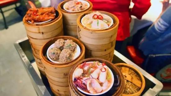 中国移民给澳大利亚带来了中式早茶文化。