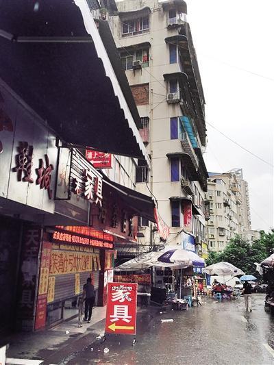 渝北区人和街道,周倩的家就在这里。 本报记者 胡杰 摄