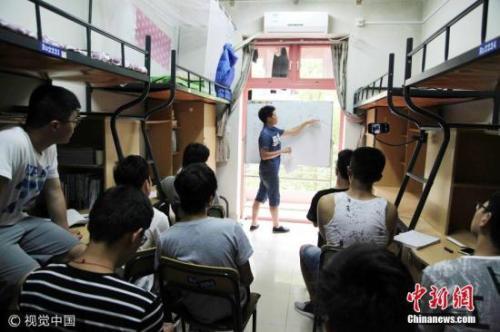资料图:大学寝室。图片来源:视觉中国