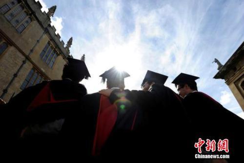 英國將封殺論文代寫公司 作弊學生取消畢業資