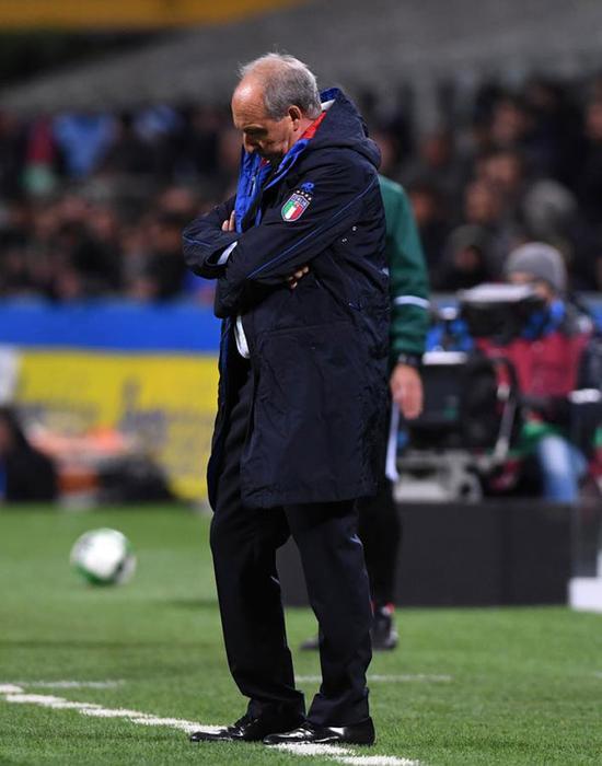 双语:意大利足球队60年来首度无缘世界杯