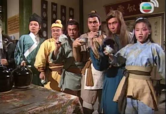 ▲1994年,改编自小说的电视剧《射雕英雄传》在TVB电视台播出。