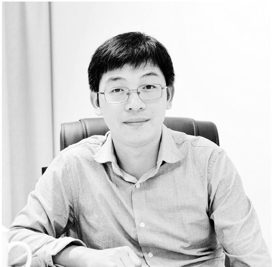 """西湖大学学生公认的""""男神""""级教授蔡尚。钱江晚报 图"""