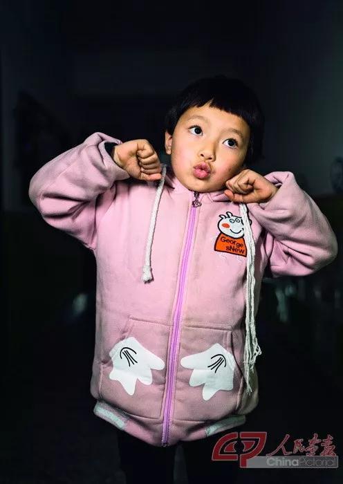 5岁女孩麻秋丽