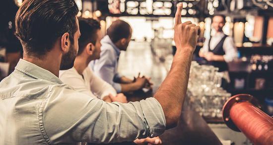 法国酒类销量大幅下降 高价少量成新趋势