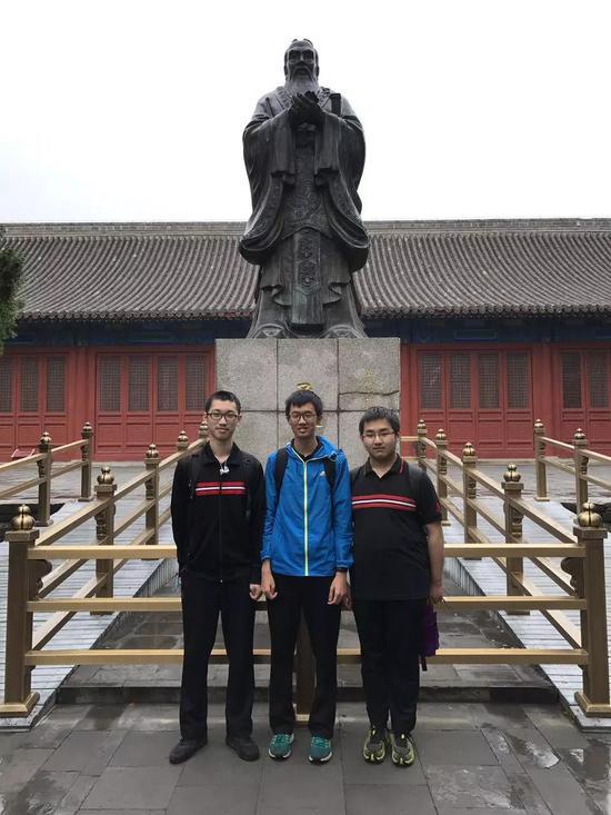 左起:李子恒 汤博文 王靖涵