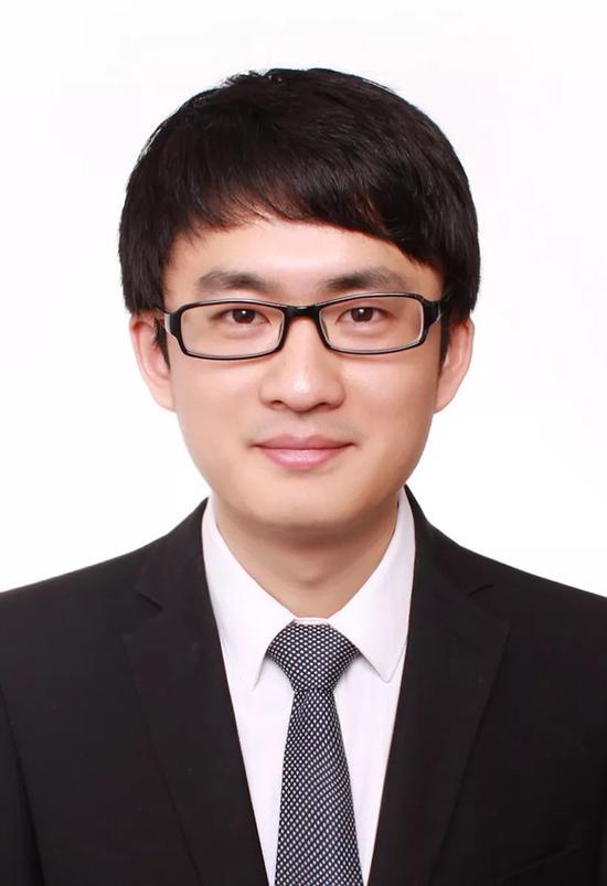 南京大学 本科招办主任助理 王来兵