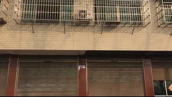 吴林(化名)家,二楼为案发现场。新京报记者 王昆鹏 摄