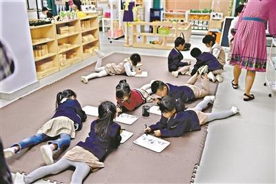 全市民办幼儿园本月中旬开始年检。广州日报全?#25945;?#35760;者 轩慧 摄