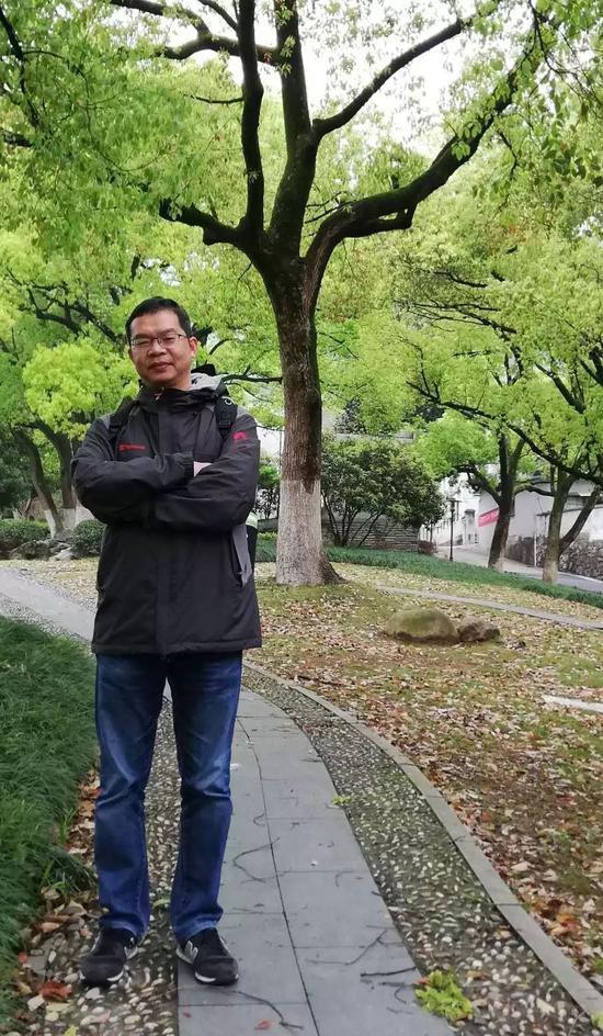 嘉宾:复旦大学国际关系与公共事务学院副院长、北京招生组组长 陈周旺