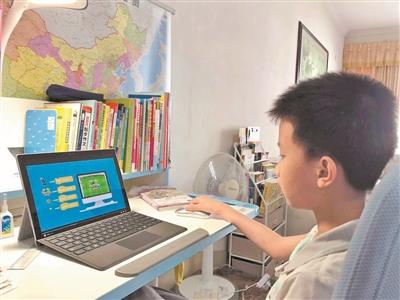 学习编程的孩子年纪越来越小。