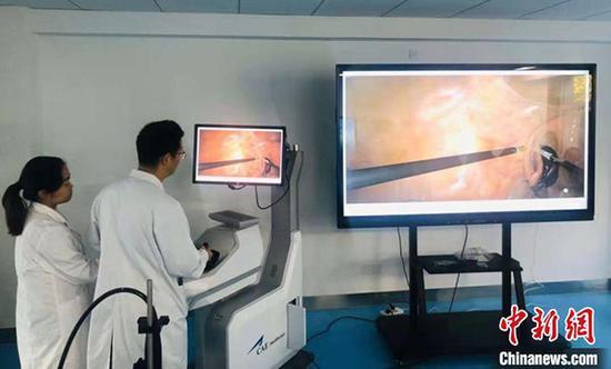 百度乐彩时时彩走势,兰州大学培养免费医学定向生模拟微创腔镜手术示教。