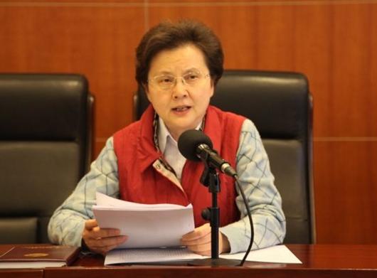 全国政协委员闫小培。图片来源于网络
