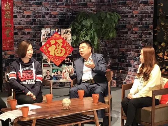 图片1:我应邀参加中国教育电视台《留学为你来》节目的录制