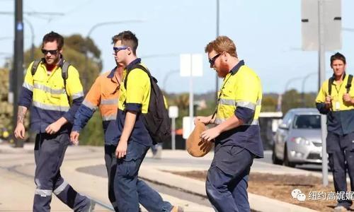 他们在澳做着中国人嫌弃的工作 却赚着最多的钱