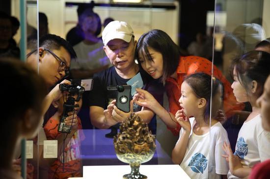 《如果国宝会说话》总摄影杨明阳分享文物拍摄技巧