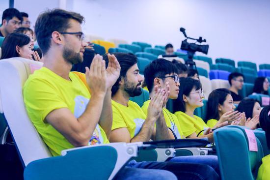 網龍的國際實習生