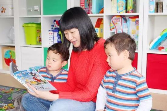 何时该开始双语启蒙?从英国妈妈法语育儿谈起