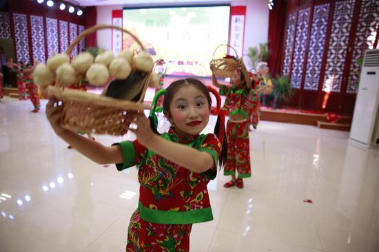 长辛店学校举办传统文化节日节气学科综合实践活动