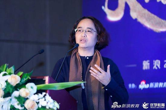 亲近母语创始人、著名儿童阅读推广人徐冬梅女士