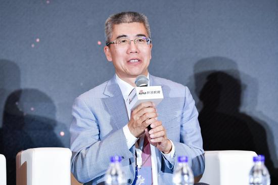 金吉列留学董事长朱燕民