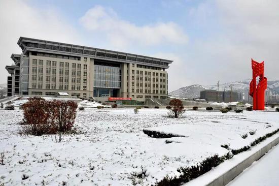 济南大学/图片来源:济南大学官网