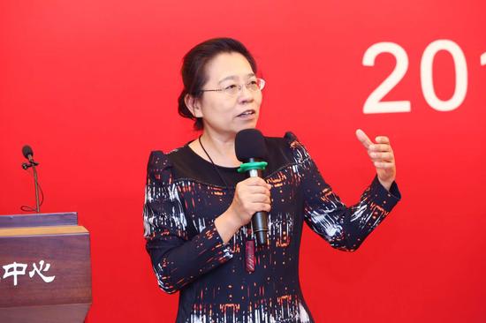 导师团队代表北京大学心理与认知科学学院苏彦捷教授致辞
