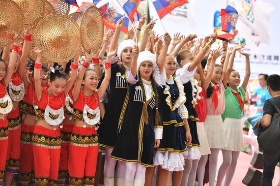 13国青少年欢聚北京世园会 共赴每年八月不变约定