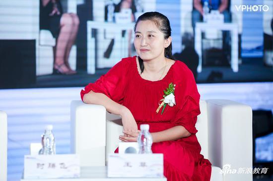 乡村教师代表王菲