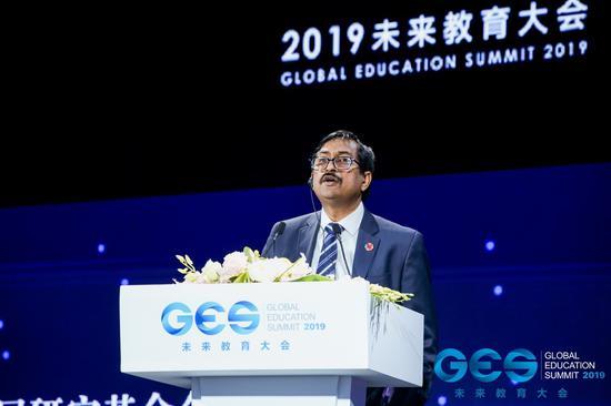 """联合国教科文组织""""教育2030""""计划合作与协调局局长Jordan Naidoo"""