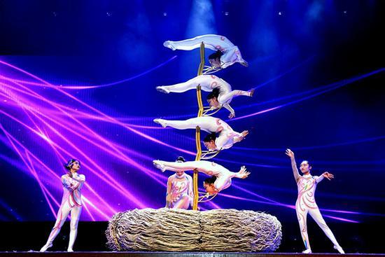 2015年安徽大劇院臨泉雜技專場。(何東亞 攝)