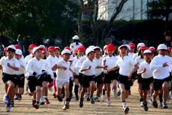 最新数据:日本儿童总人数刷新历史最低纪录