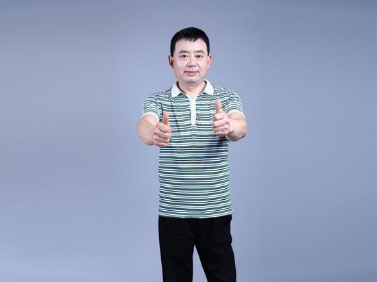 李领旗,西安市周至县广济初级中学高级语文老师