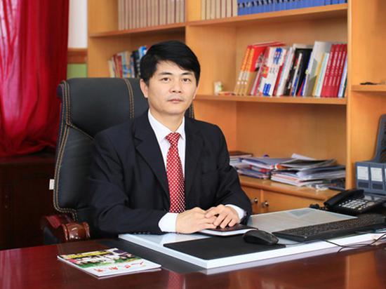 武汉市江夏区第一初级中学校长阮正林