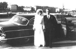 普京和柳德米拉1983年在他们的婚礼举办日。二人在圣彼得堡结婚。