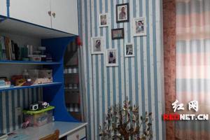 """长沙理工大学外国语学院一女生寝室被装饰成了蓝白相间的""""地中海风"""""""