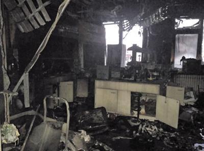 12月18日,清华大学化学系何添楼二楼一实验室爆炸。新京报记者 鲁千国 摄