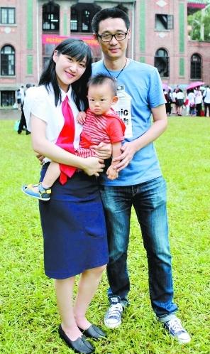 2013年7月20日,记者回访中大在校生子女生曾佩伦。(资料图片) 广州日报记者顾展旭 摄