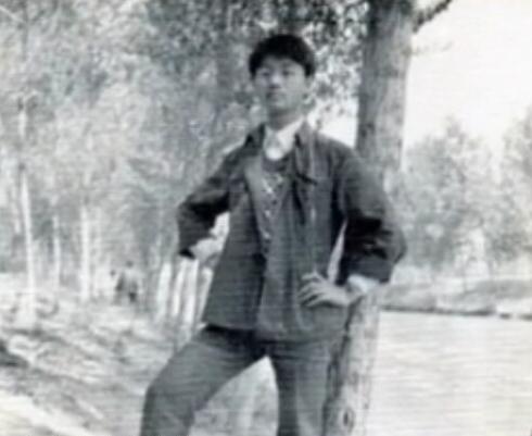 刘强东青涩照