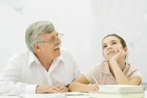支招:爸妈该如何与孩子讨论敏感话题